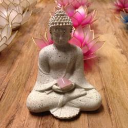 Boeddha met amethist, berkristal of rozenkwarts