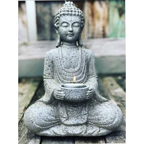 Boeddha met kaarshouder
