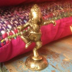 Beeldje dansende Ganesha
